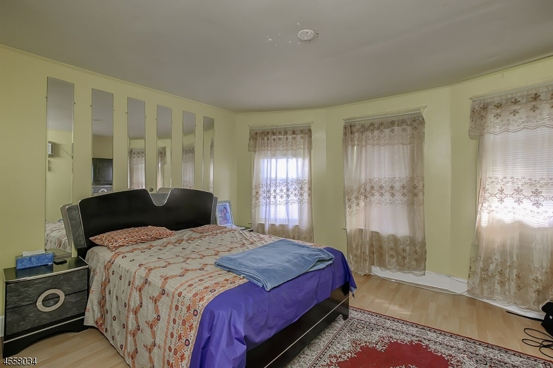 Additional photo for property listing at 142 Wilson Street  Boonton, Nueva Jersey 07005 Estados Unidos