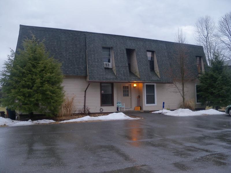 Casa Unifamiliar por un Alquiler en 5-A PAUL ADAMS Court Montague, Nueva Jersey 07827 Estados Unidos