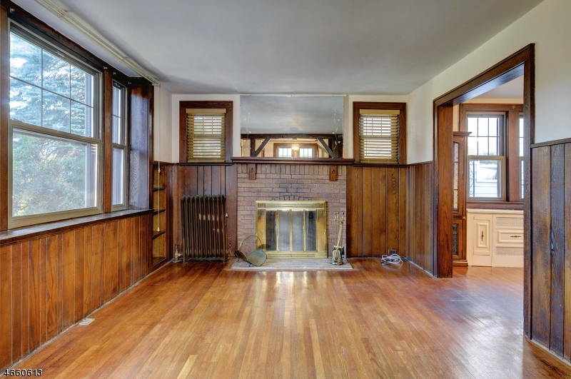 Additional photo for property listing at 28 Lloyd Place  Belleville, New Jersey 07109 United States