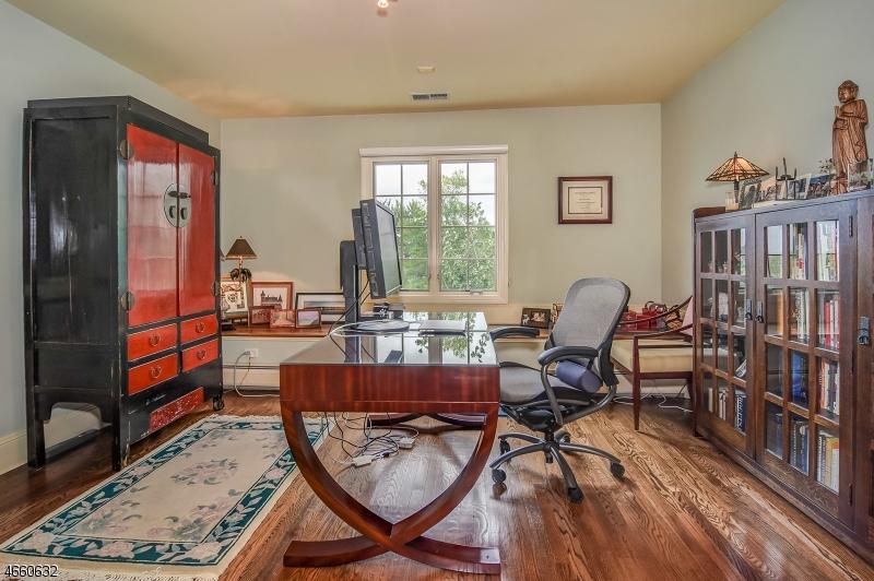 Additional photo for property listing at 14 Kips Ridge C0014  Montclair, Nueva Jersey 07042 Estados Unidos