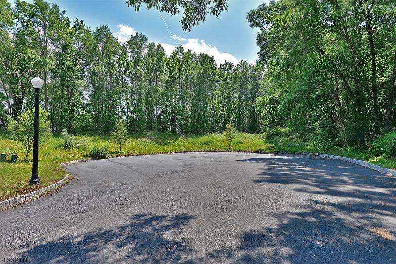 Земля для того Продажа на 25 Kokora Avenue Montville, Нью-Джерси 07045 Соединенные Штаты