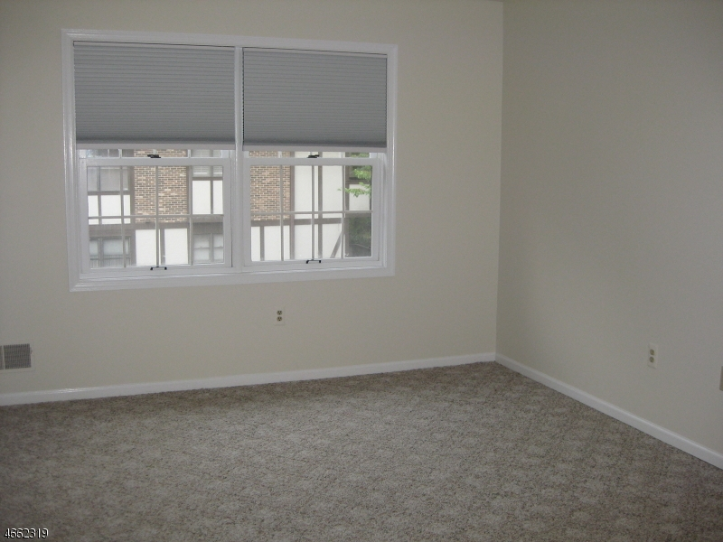 Additional photo for property listing at 15H HERITAGE Drive  Chatham, Нью-Джерси 07928 Соединенные Штаты