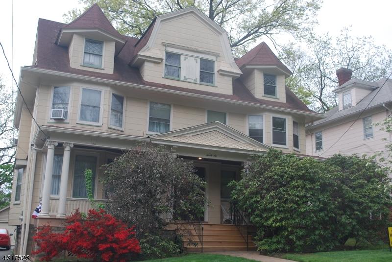 Частный односемейный дом для того Аренда на 26 Highland Place Maplewood, Нью-Джерси 07040 Соединенные Штаты