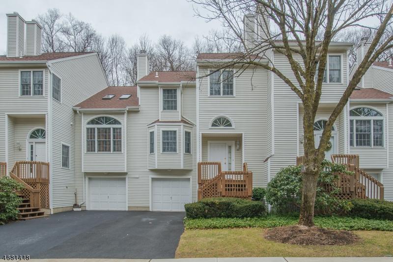 Casa Unifamiliar por un Venta en 24 Noelle Court Lincoln Park, Nueva Jersey 07035 Estados Unidos