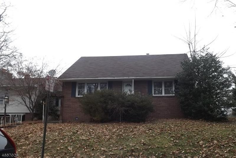 独户住宅 为 销售 在 88 Insley Avenue Rutherford, 07070 美国