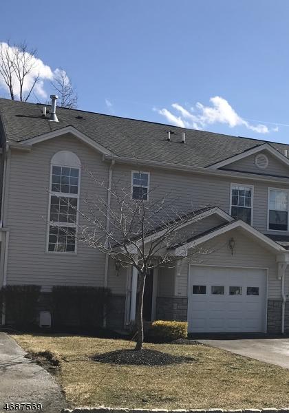 Частный односемейный дом для того Аренда на 11 Stonehill Road Hamburg, Нью-Джерси 07419 Соединенные Штаты
