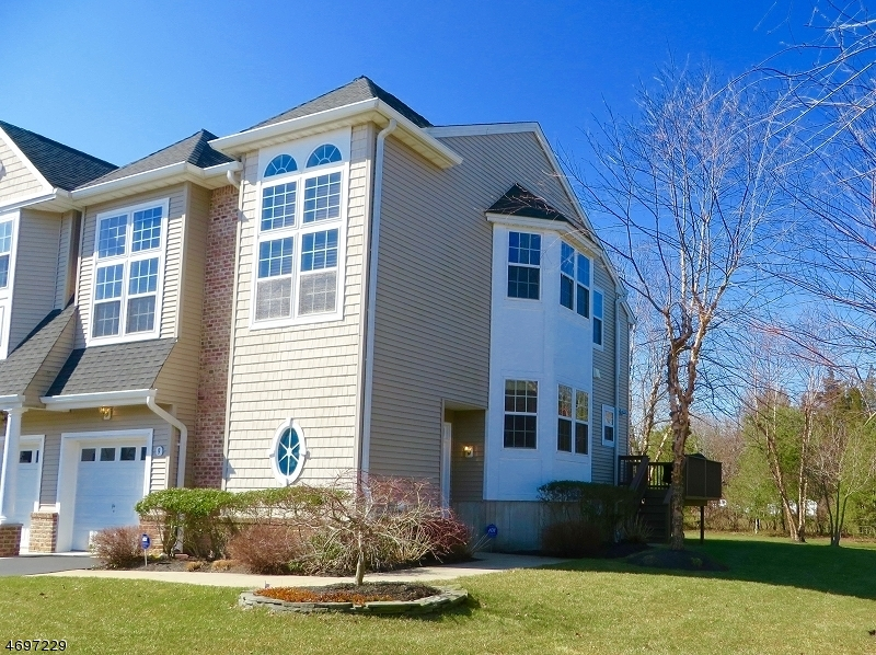 Single Family Home for Sale at 9 Island Breeze Court Manahawkin, 08050 United States