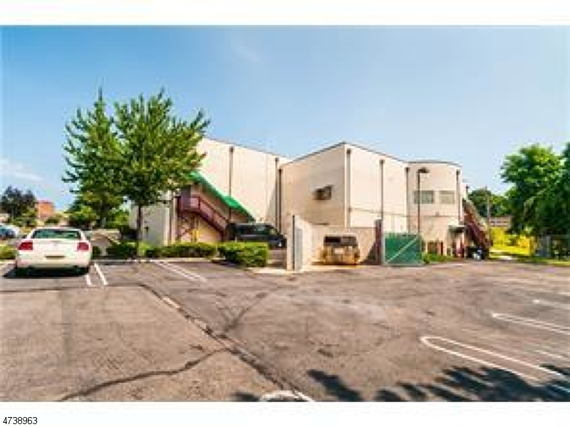 Commercial for Sale at 1069 State Route 18 1069 State Route 18 East Brunswick, New Jersey 08816 United States