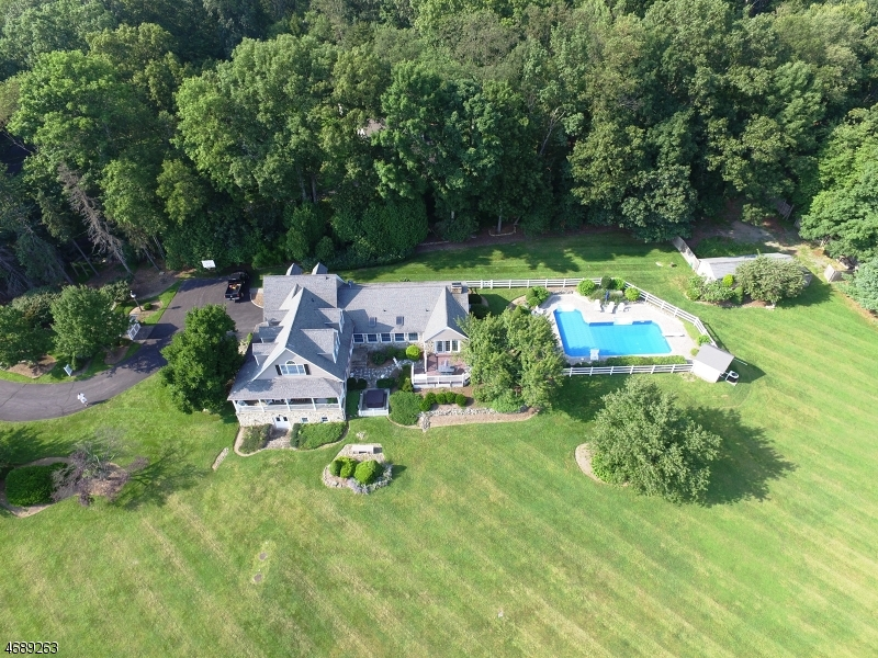 Single Family Home for Sale at 105 Guinea Hollow Road 105 Guinea Hollow Road Califon, New Jersey 07830 United States