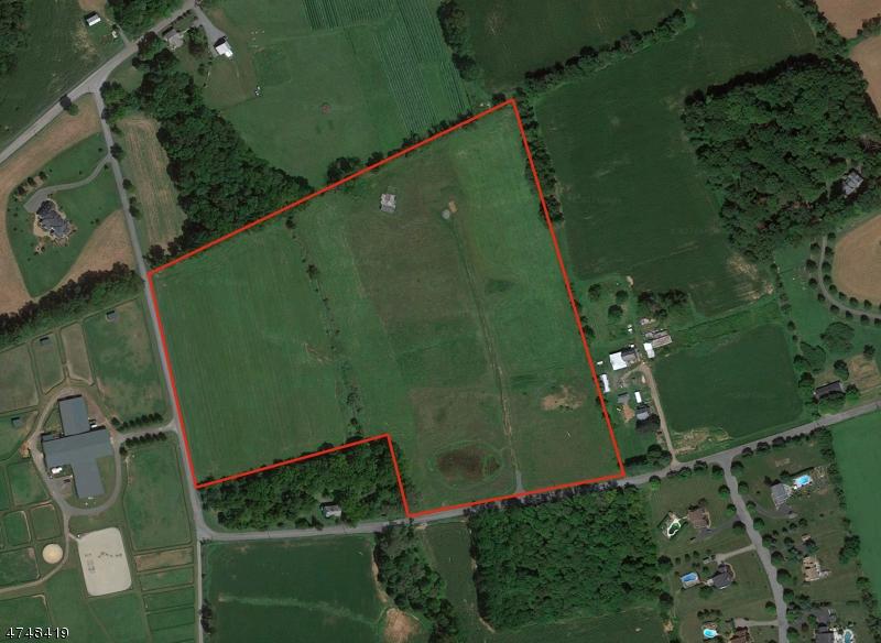 Additional photo for property listing at 88 Whitehall Road 88 Whitehall Road Alexandria Township, Nova Jersey 08867 Estados Unidos