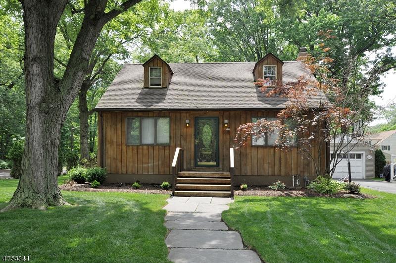 Casa Unifamiliar por un Alquiler en 718 Orange Avenue Cranford, Nueva Jersey 07016 Estados Unidos