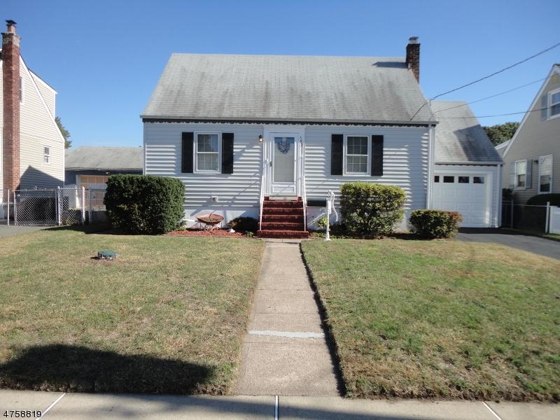 独户住宅 为 销售 在 582 CYPRESS Avenue 德尔布鲁克, 新泽西州 07662 美国