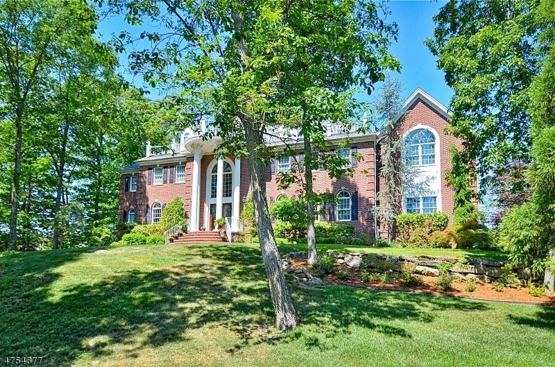 Casa Unifamiliar por un Venta en 29 Brandy Ridge Road Sparta, Nueva Jersey 07871 Estados Unidos