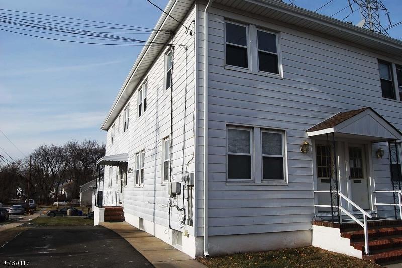Casa Unifamiliar por un Alquiler en 537-539 FRANKLIN Avenue Belleville, Nueva Jersey 07109 Estados Unidos