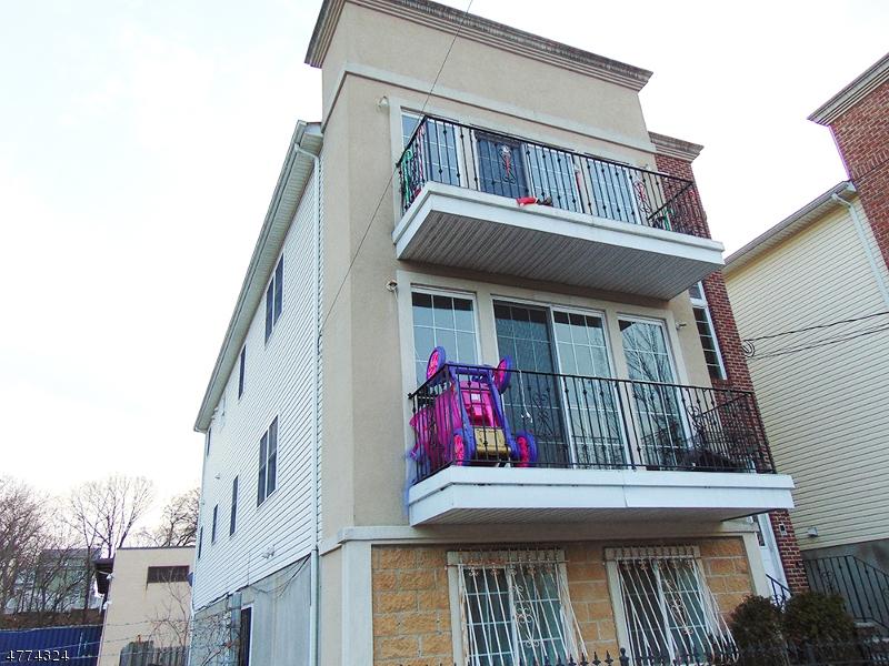 多戶家庭房屋 為 出售 在 193 Manchester Place Newark, 新澤西州 07104 美國