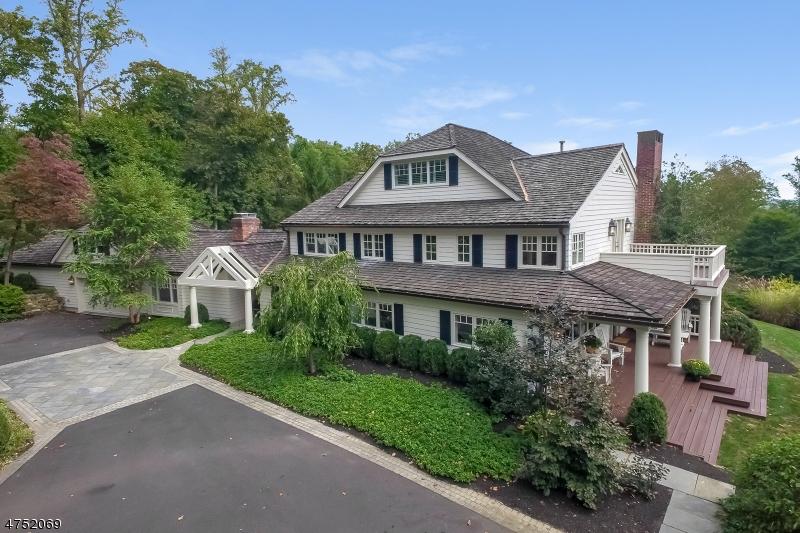 Enfamiljshus för Hyra vid 140 OLD FARM Road Bernards Township, New Jersey 07920 Usa