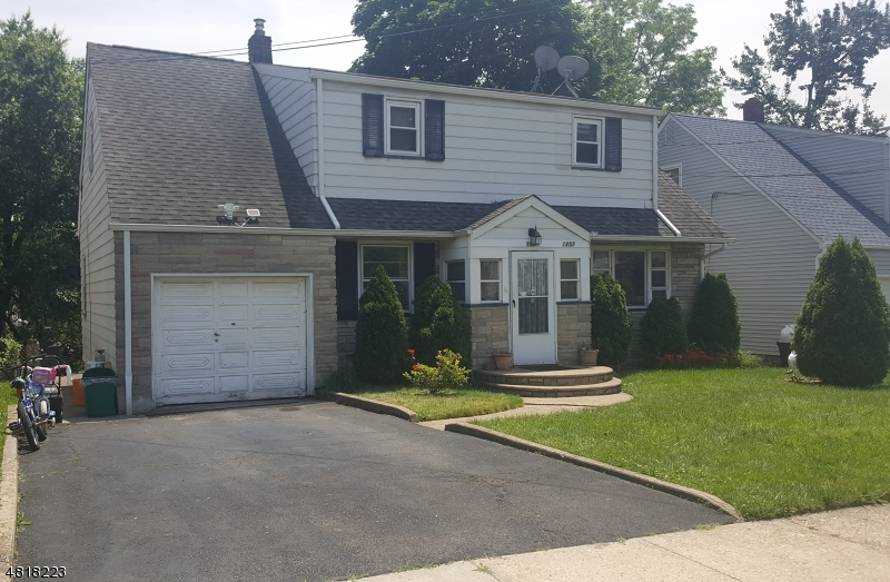 Single Family Home for Sale at 1257 HIGHLAND Avenue Union, New Jersey 07083 United States