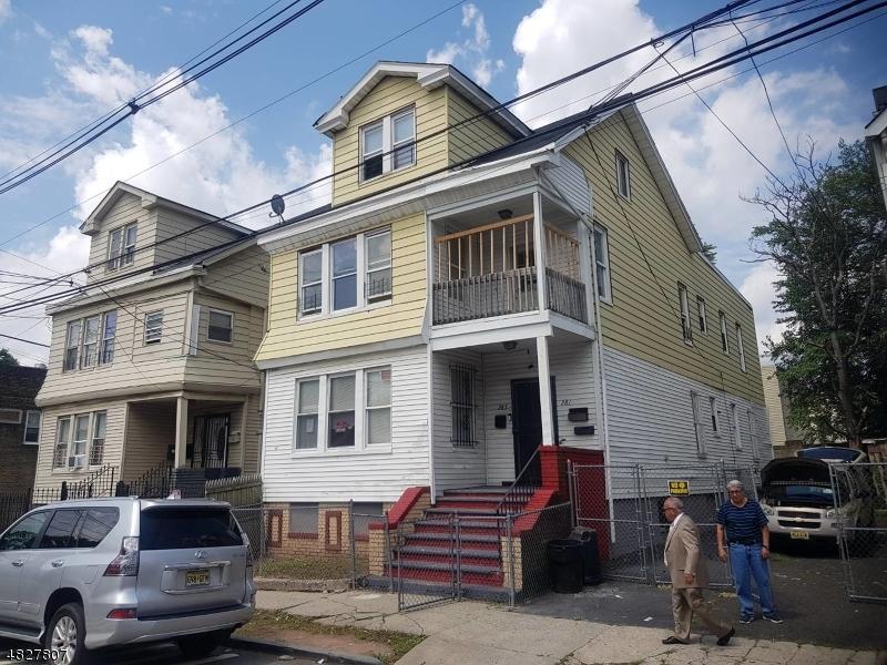 多戶家庭房屋 為 出售 在 281 CLINTON Place Newark, 新澤西州 07112 美國
