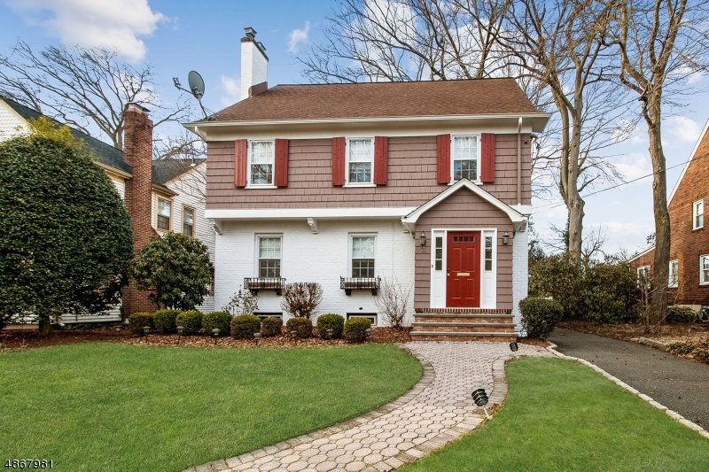 Single Family Home for Sale at 3 TUXEDO Place Cranford, New Jersey 07016 United States