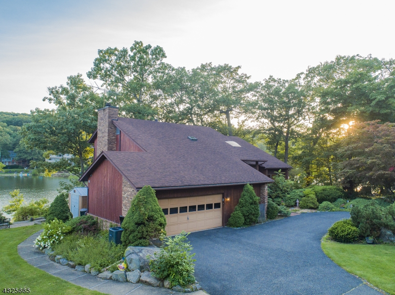 Single Family Home for Sale at 181 HIGH CREST DRIVE West Milford, New Jersey 07480 United States