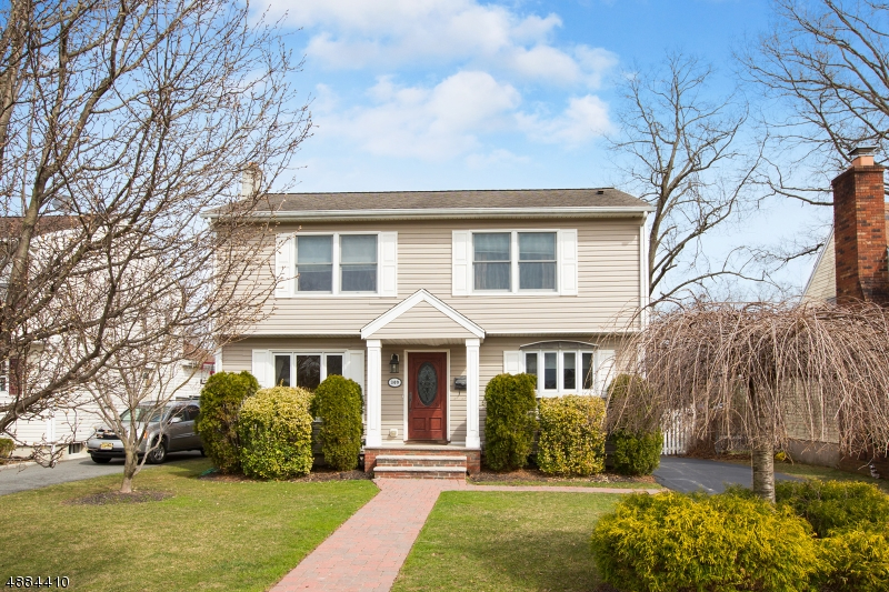 独户住宅 为 销售 在 309 MIDLAND Avenue 朋普顿雷克, 新泽西州 07442 美国