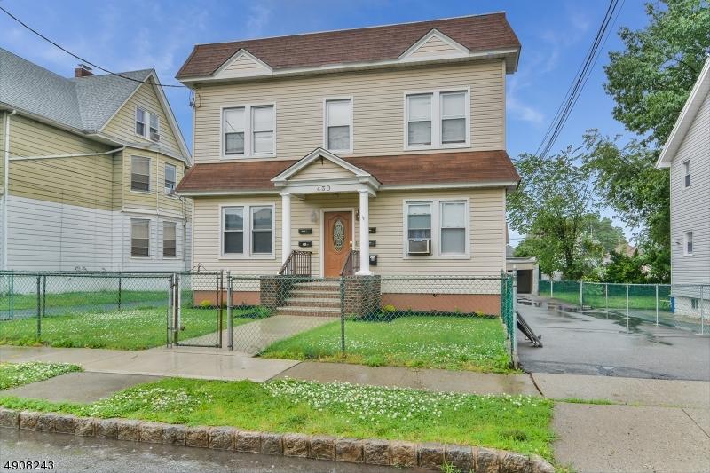 multi-family homes pour l Vente à Belleville, New Jersey 07109 États-Unis
