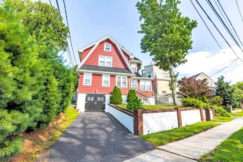 Single Family Homes 為 出售 在 Kearny, 新澤西州 07032 美國