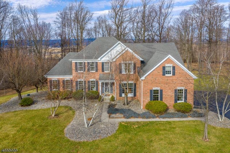 Single Family Homes per Vendita alle ore Hampton, New Jersey 08827 Stati Uniti