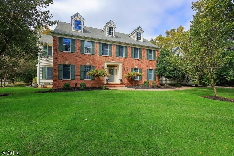 Single Family Homes para Venda às Montgomery, Nova Jersey 08502 Estados Unidos
