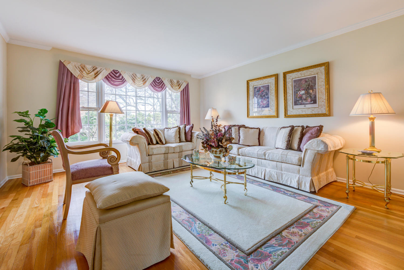 Additional photo for property listing at 56 Mae Belle Drive  Clark, New Jersey 07066 United States