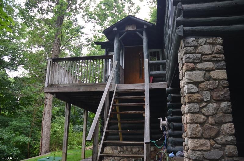 Maison unifamiliale pour l Vente à 35 Dogwood Lane Hewitt, New Jersey 07421 États-Unis