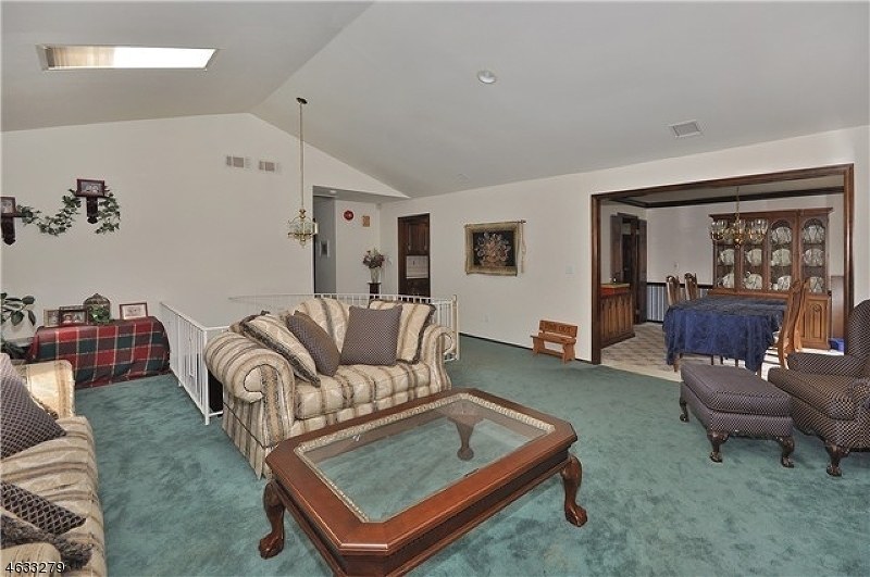 Additional photo for property listing at 181 Center Grove Road  Randolph, Nueva Jersey 07869 Estados Unidos