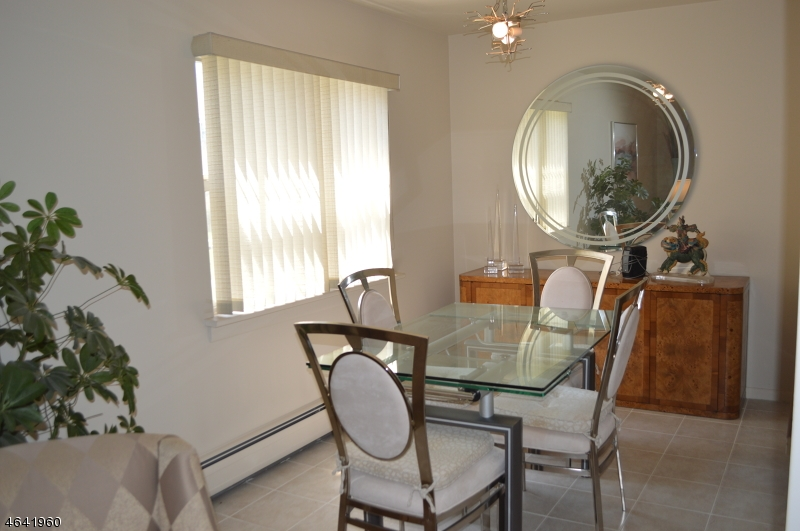 Additional photo for property listing at 1373 Van Houten Avenue  Clifton, Нью-Джерси 07013 Соединенные Штаты