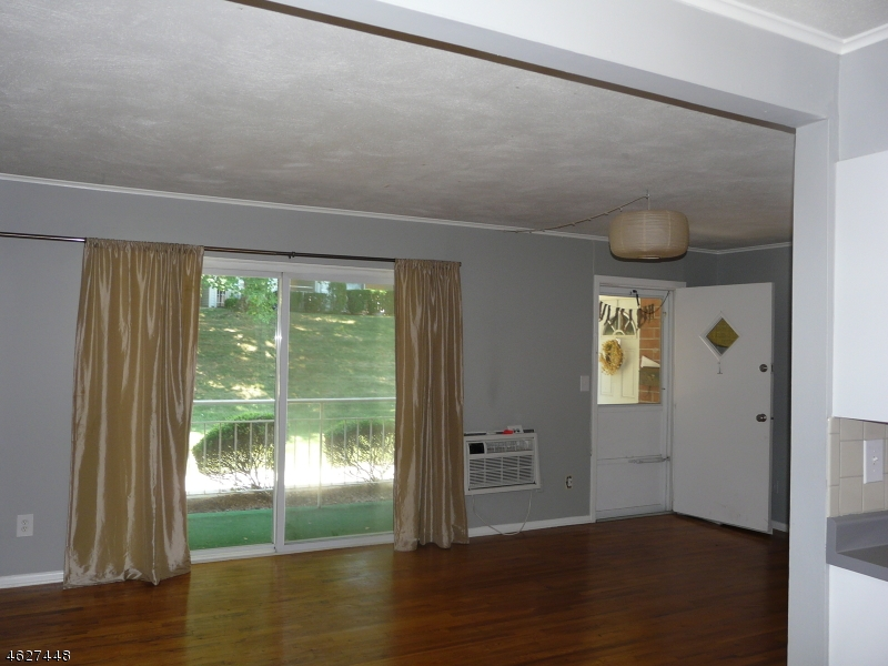 Additional photo for property listing at 2350 Route 10, C1  莫里斯平原, 新泽西州 07950 美国