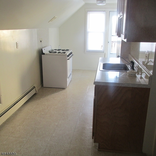 Additional photo for property listing at 1320 White Street  Hillside, 新泽西州 07205 美国