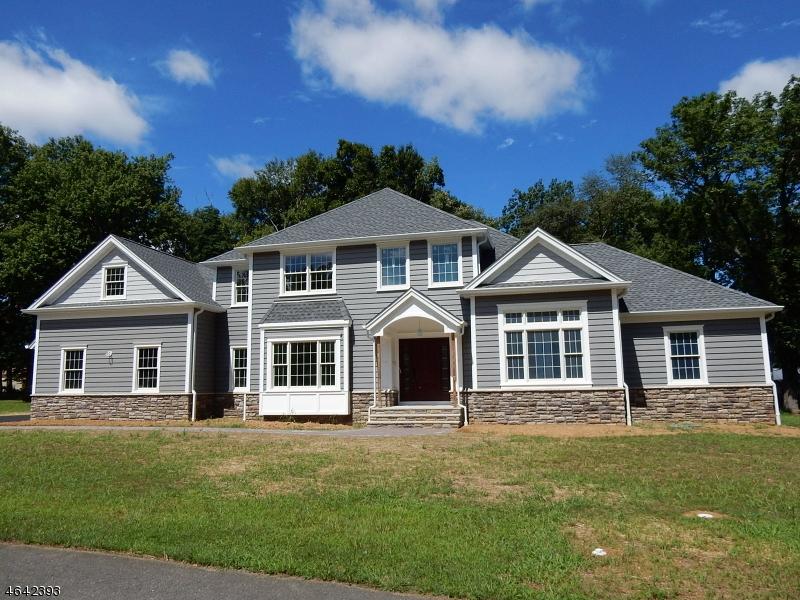 Частный односемейный дом для того Продажа на 6 SHEPHERDS Lane Succasunna, 07876 Соединенные Штаты