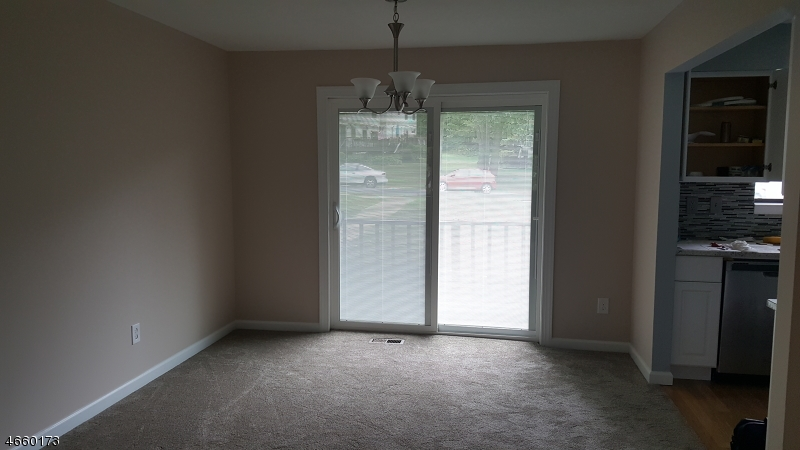 Additional photo for property listing at 1913A STONEGATE Lane  Stanhope, Нью-Джерси 07874 Соединенные Штаты
