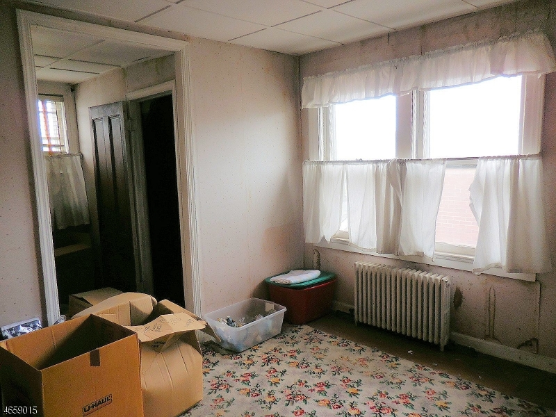 Additional photo for property listing at 126-128 FLORIDA Avenue  Paterson, New Jersey 07503 United States