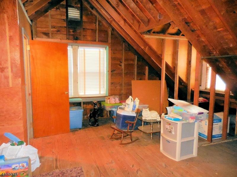 Additional photo for property listing at 126-128 FLORIDA Avenue  Paterson, Нью-Джерси 07503 Соединенные Штаты