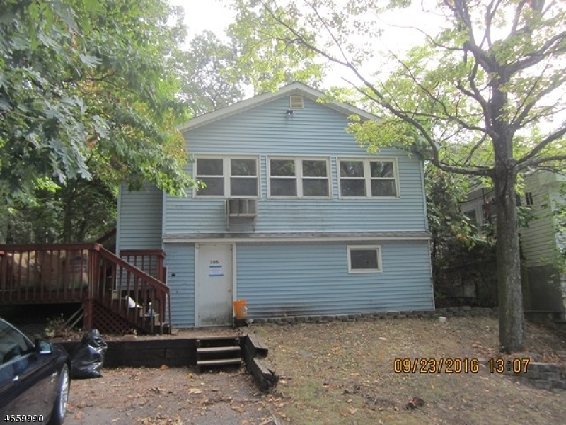 Additional photo for property listing at 305 Idalroy Trail  Hopatcong, 新泽西州 07843 美国