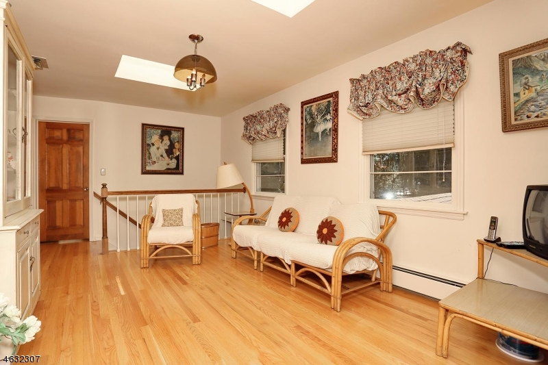 Additional photo for property listing at 219 Terrace Road  Franklin Lakes, New Jersey 07417 United States