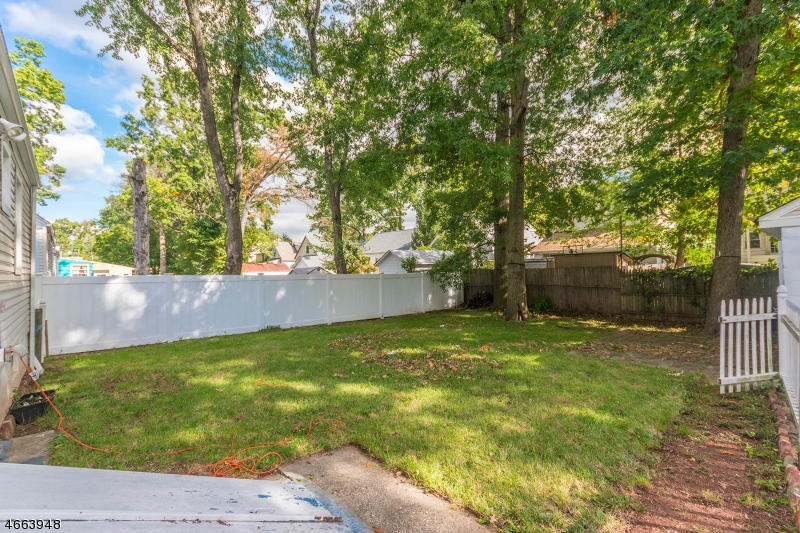 Additional photo for property listing at 729 Harrison Avenue  Roselle, New Jersey 07203 United States