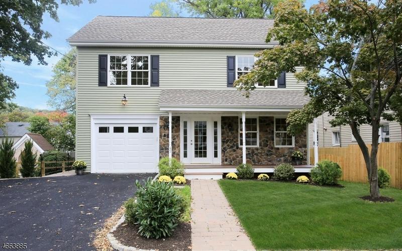Частный односемейный дом для того Продажа на 45 Bernards Avenue Bernardsville, Нью-Джерси 07924 Соединенные Штаты