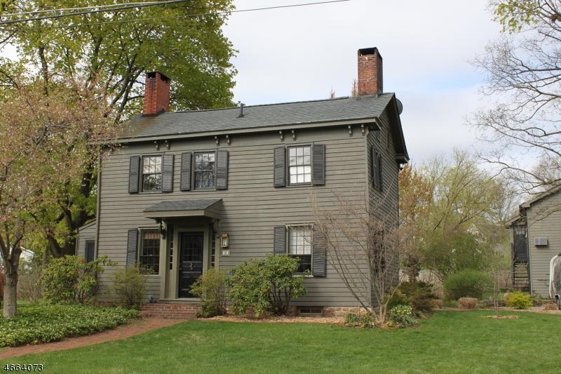 独户住宅 为 销售 在 17 William Street Oldwick, 08858 美国