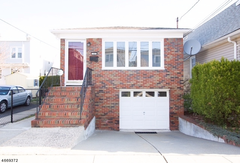 Single Family Home for Sale at 242 Wilson Avenue Kearny, 07032 United States