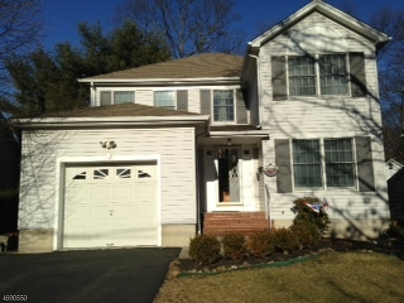 Single Family Home for Rent at 22 Valemont Way Summit, New Jersey 07901 United States