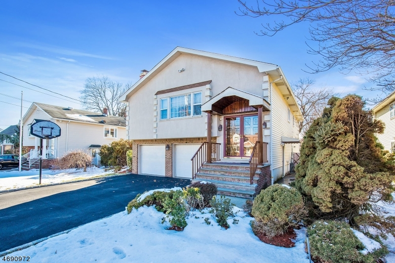 Single Family Home for Sale at 2-26 2-26 Summit Ave, 1X Fair Lawn, New Jersey 07410 United States