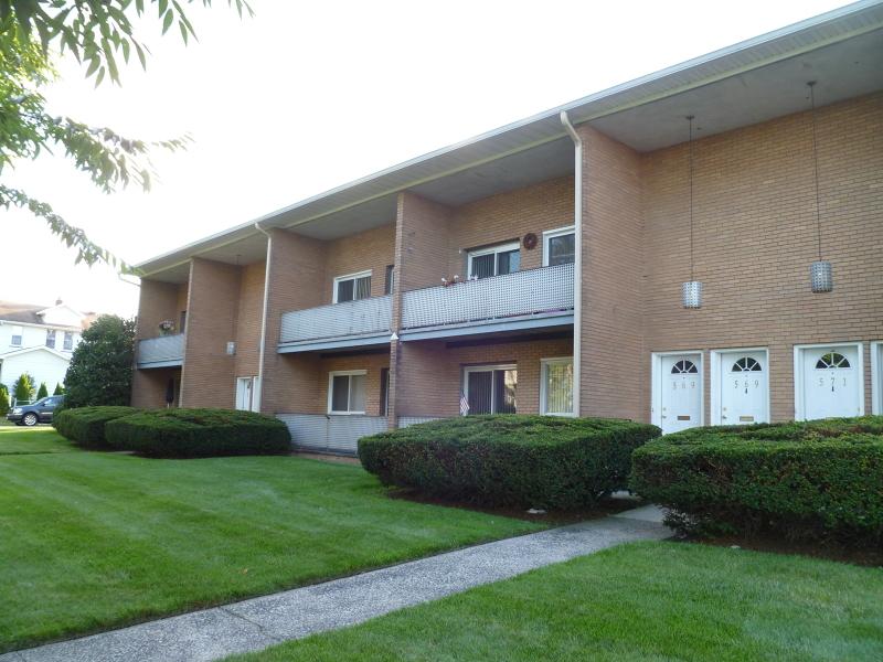 Maison unifamiliale pour l à louer à 569 WASHINGTON Avenue Nutley, New Jersey 07110 États-Unis