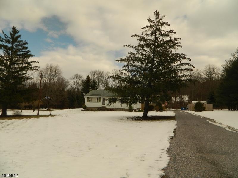 独户住宅 为 销售 在 521 Route 31 N East Amwell, 08551 美国