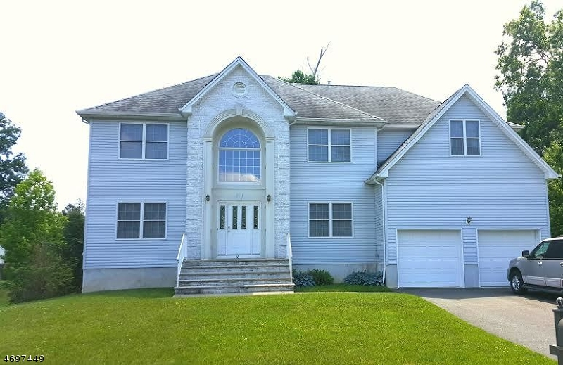 Single Family Home for Sale at 18 Rachel Way North Brunswick, New Jersey 08902 United States